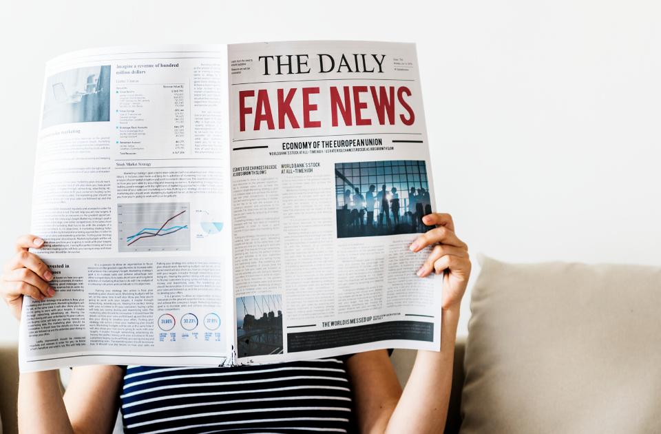 Fake news cosa sono come riconoscerle